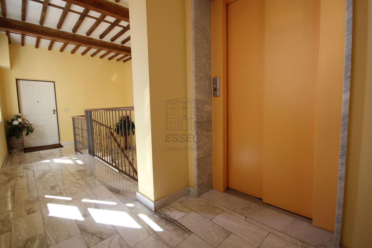 Appartamento Lucca Centro storico IA03213 img 17