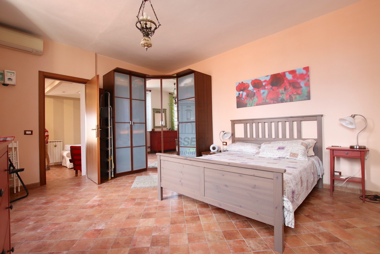 Appartamento Lucca Centro storico IA03545 img 22