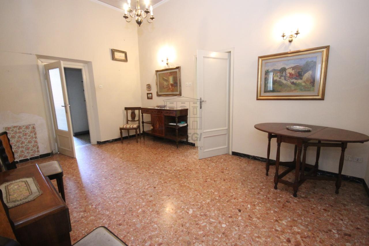 Appartamento Lucca Centro storico IA02899 img 22