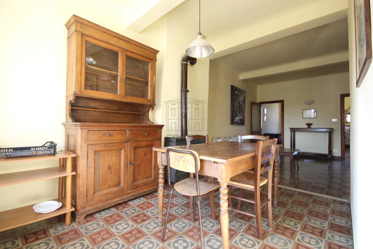 Appartamento Lucca Centro storico IA01549 img 18