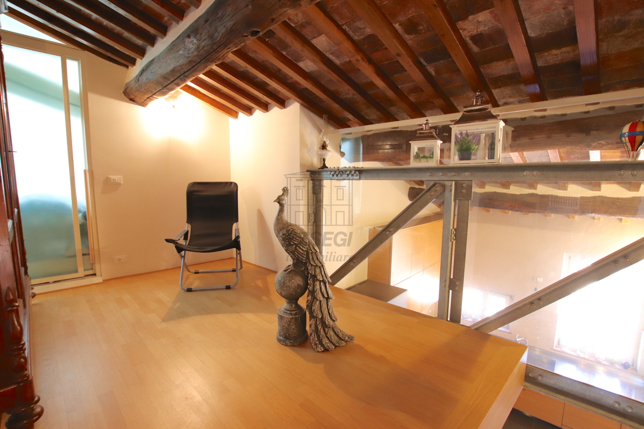Appartamento Lucca Centro storico IA03502 img 52
