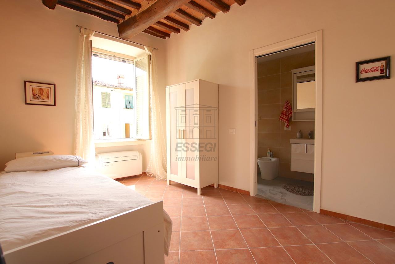 Appartamento Lucca Centro storico IA01844 img 11