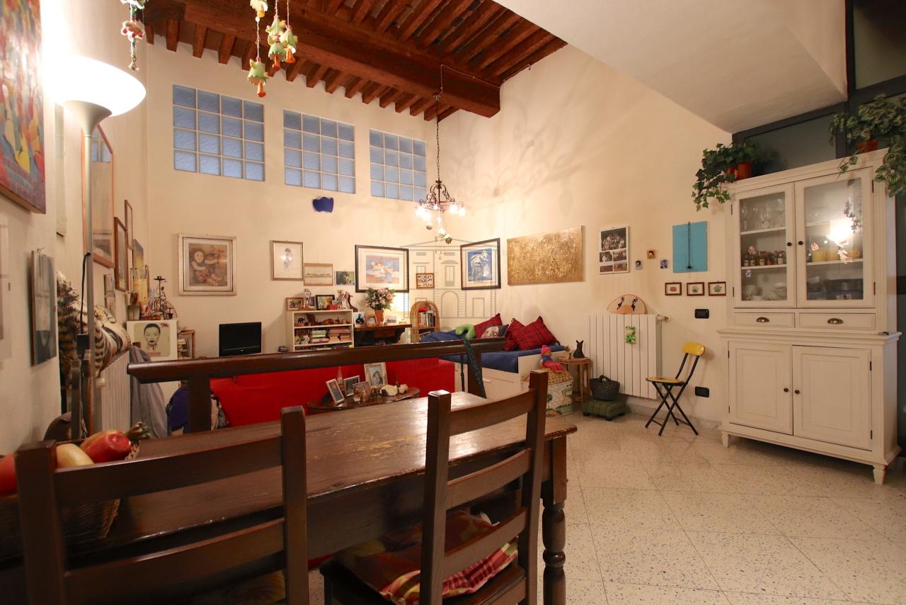 Appartamento Lucca Centro storico IA03516 img 4