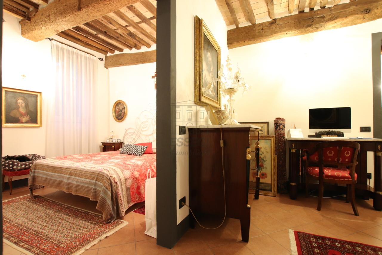 Appartamento Lucca Centro storico IA03524 img 17