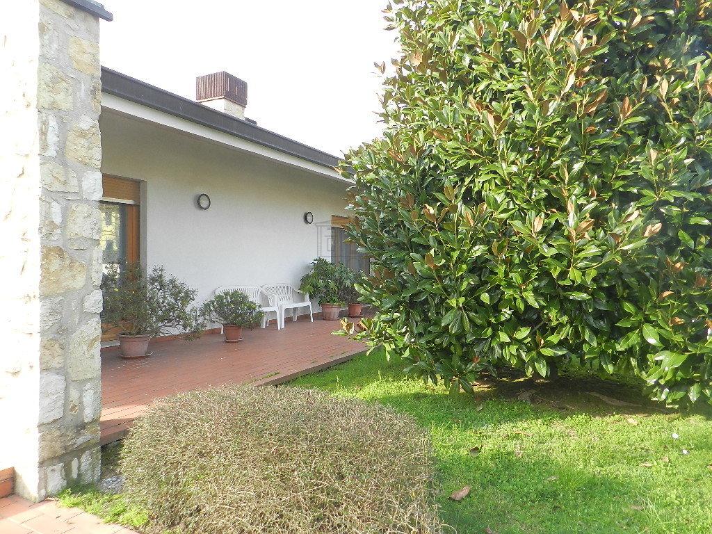 Villa singola Capannori IA01689 img 11