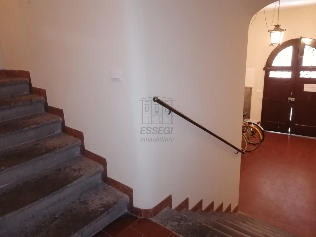 Appartamento Lucca Centro storico IA01844 img 16