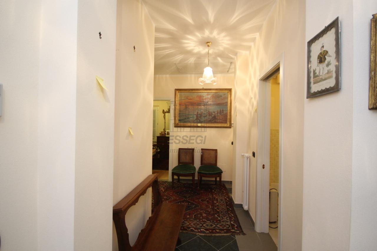 Appartamento Lucca Centro storico IA03259 img 16