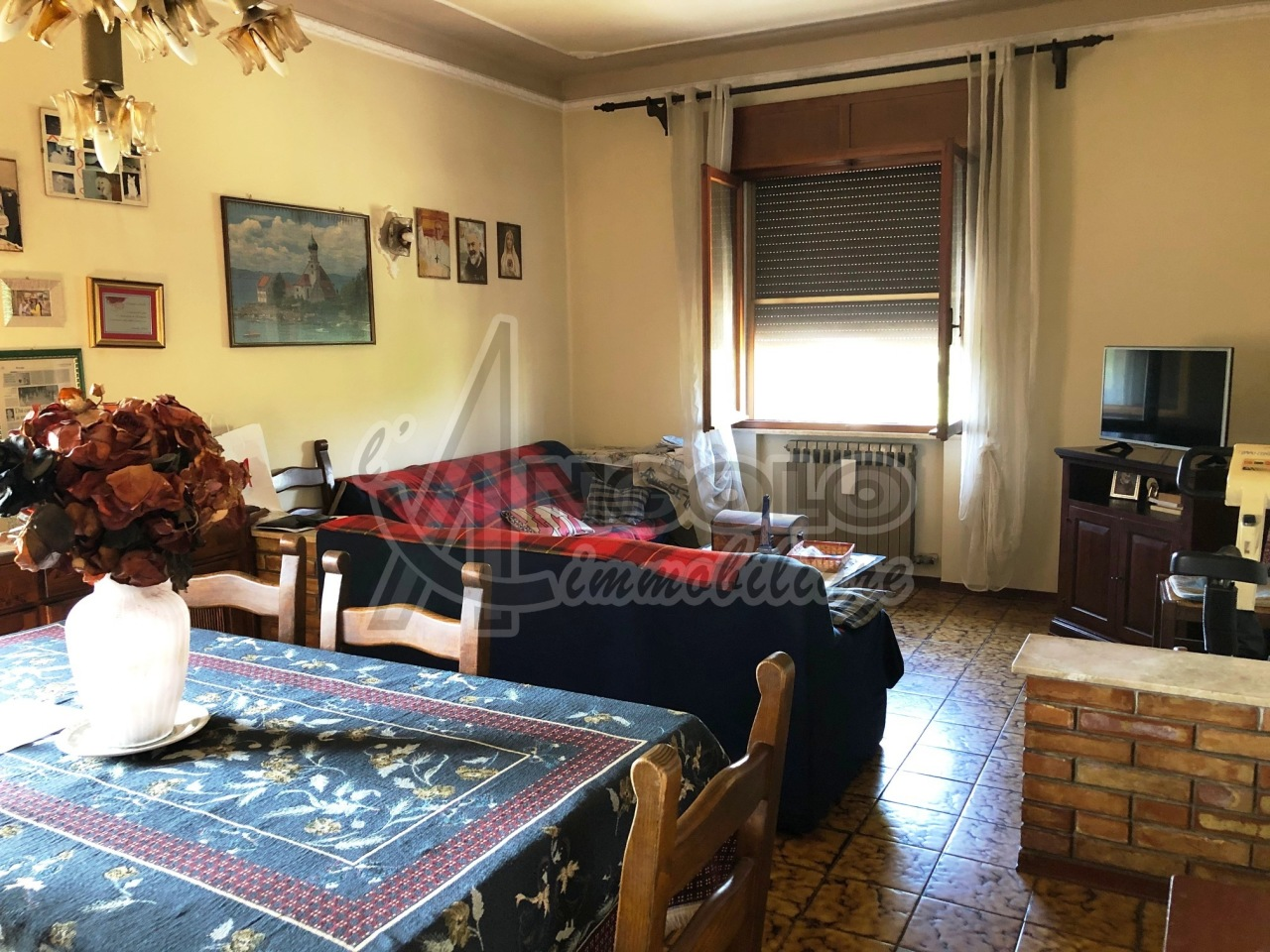 Appartamento in vendita a Canaro, 5 locali, prezzo € 52.000 | CambioCasa.it