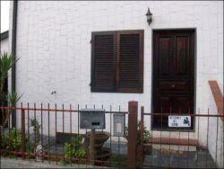 Villa in Vendita a Viareggio, zona Torre del Lago, 450'000€, 150 m², con Box