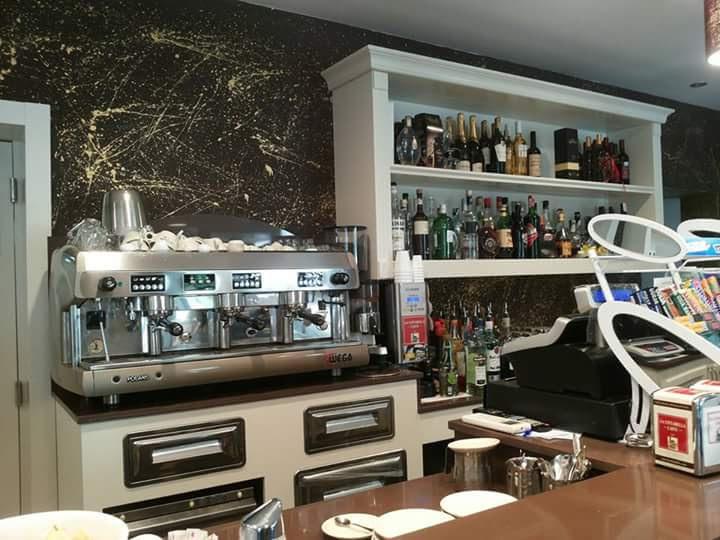 Bar in vendita a Lamporecchio, 3 locali, prezzo € 170.000 | CambioCasa.it