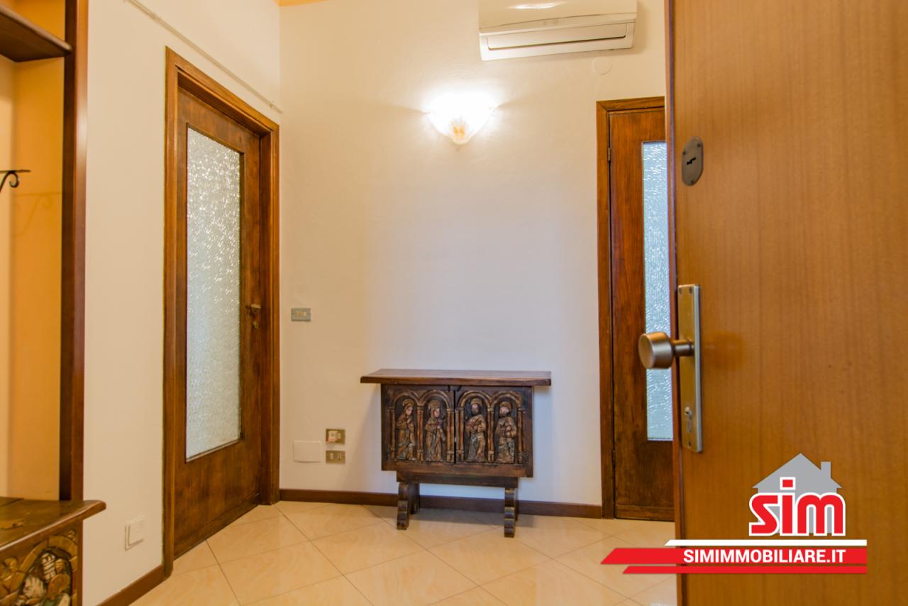 Appartamento in affitto a Novara, 3 locali, prezzo € 550 | PortaleAgenzieImmobiliari.it