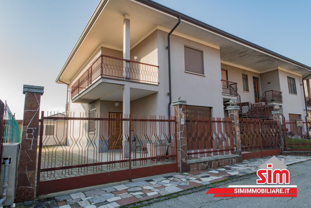 Soluzione Indipendente in vendita a Biandrate, 5 locali, prezzo € 179.000 | PortaleAgenzieImmobiliari.it