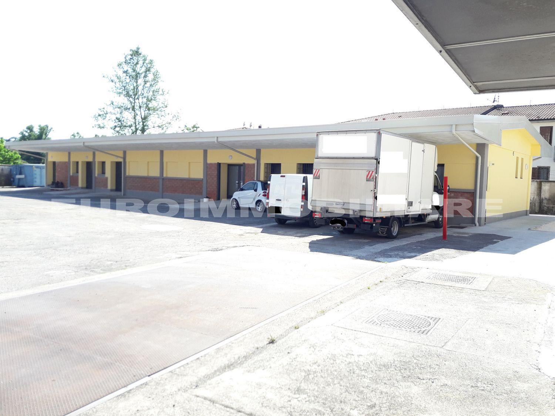 Magazzino e laboratorio a Castel Mella