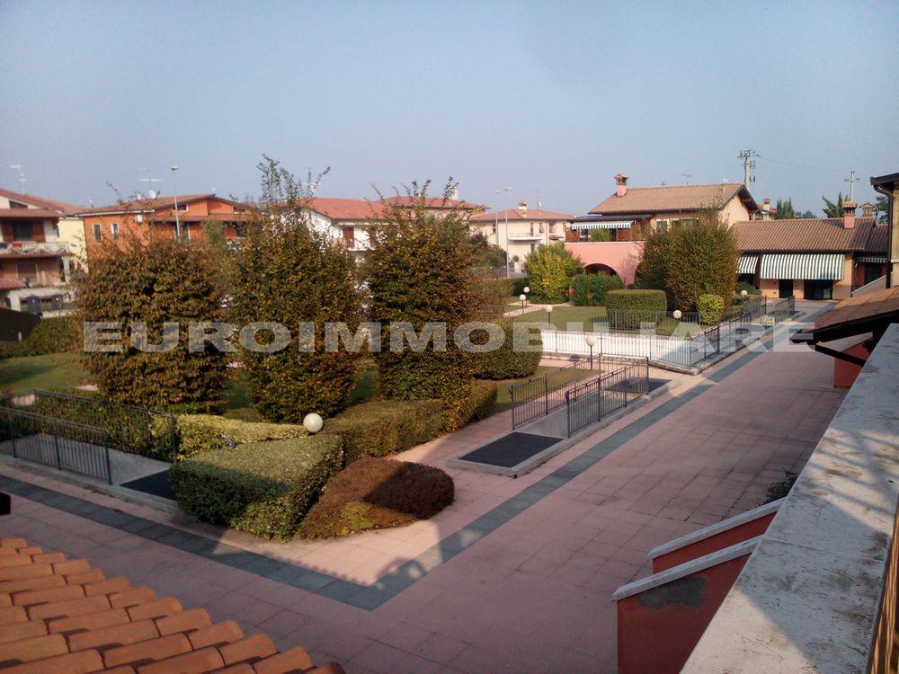 Appartamento in vendita a Azzano Mella, 3 locali, prezzo € 165.000 | CambioCasa.it