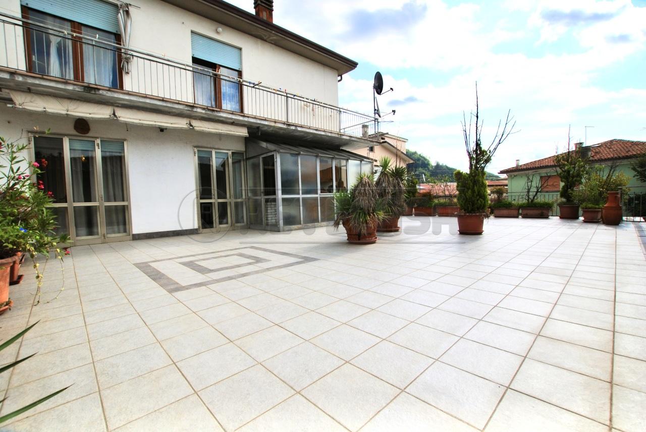 Appartamento in vendita a Cornedo Vicentino, 8 locali, Trattative riservate   PortaleAgenzieImmobiliari.it