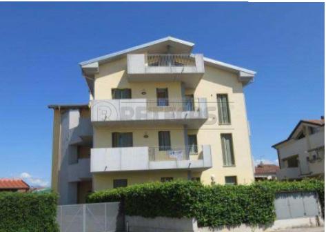 Appartamento da ristrutturare in vendita Rif. 11322177