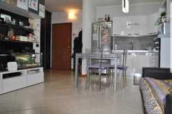 Bilocale in Vendita a Seriate, 125'000€, 61 m², con Box