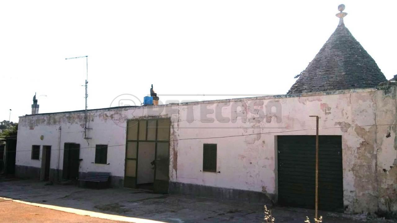 Casa Indipendente in buone condizioni in vendita Rif. 10530599