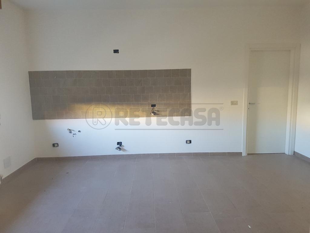 Trilocale in affitto Rif. 10085145