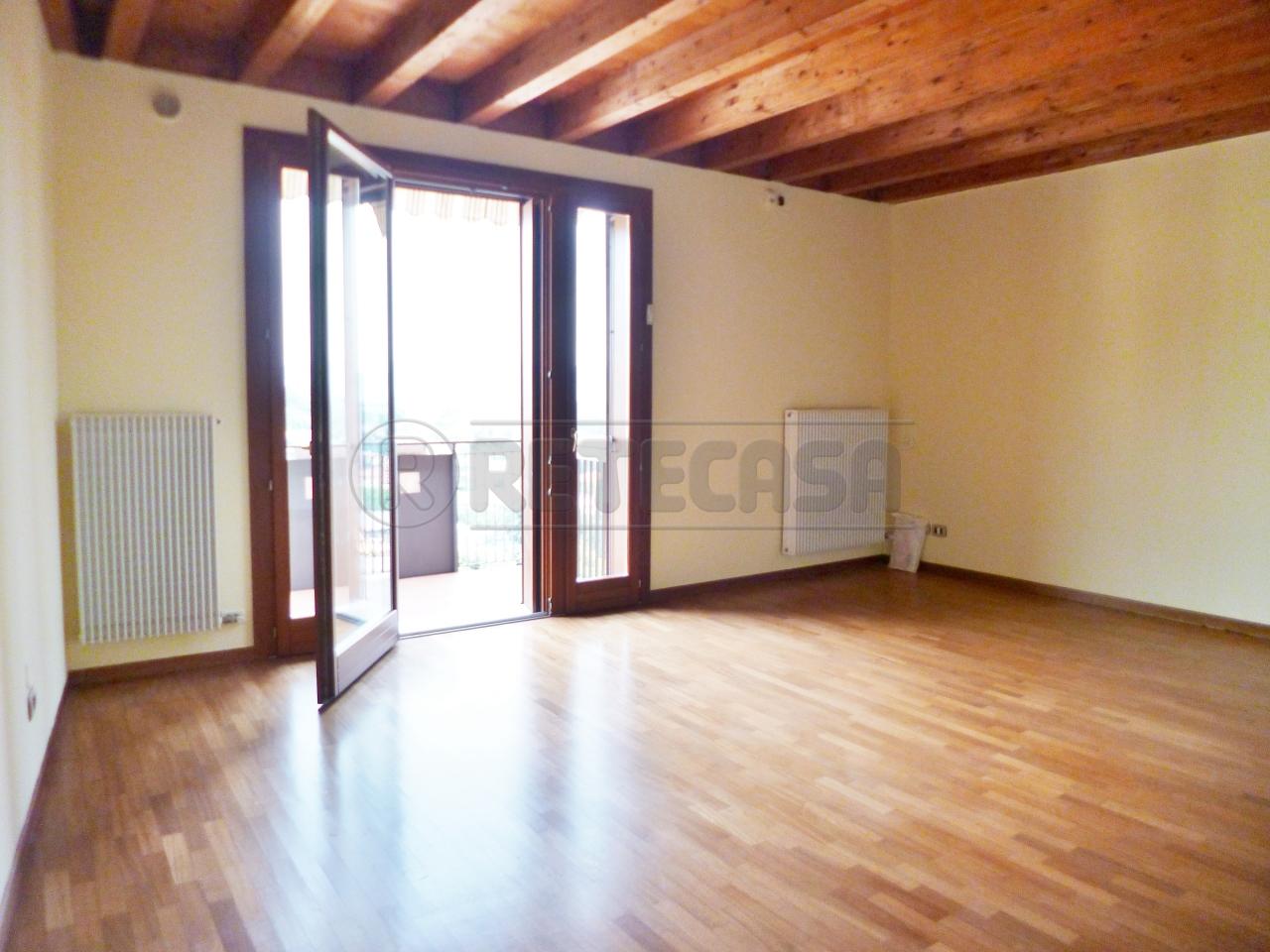 Appartamento in vendita a Montebello Vicentino, 5 locali, prezzo € 155.000 | PortaleAgenzieImmobiliari.it