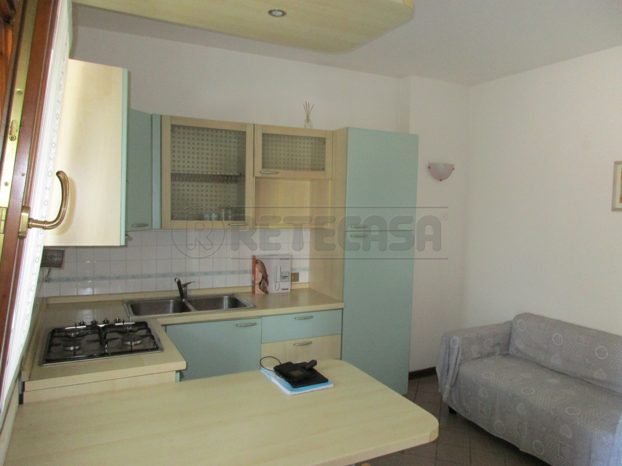 Appartamento in buone condizioni arredato in vendita Rif. 8546376