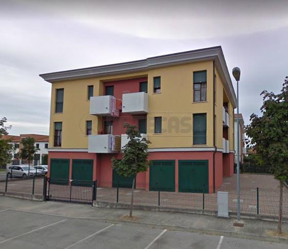Appartamento da ristrutturare in vendita Rif. 10471374