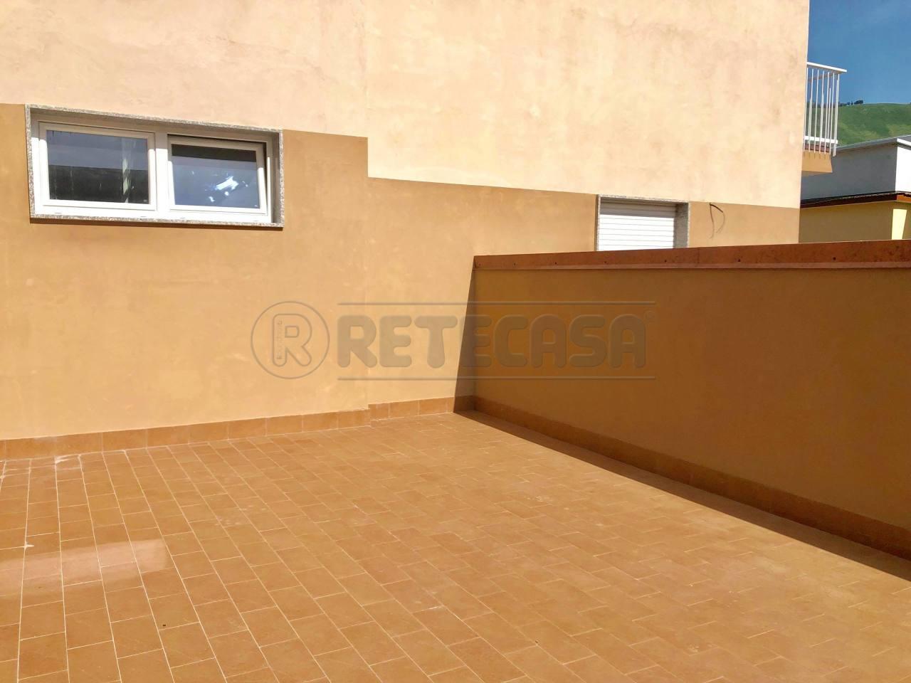 Appartamento in vendita Rif. 10452012