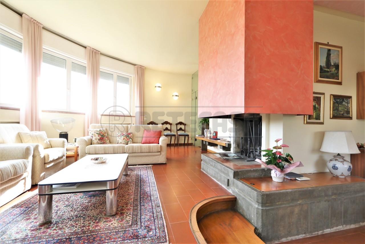 Casa Indipendente in ottime condizioni in vendita Rif. 11299197