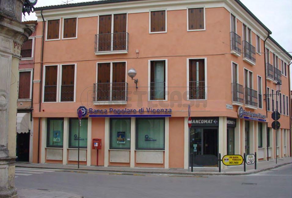 Negozio / Locale in vendita a Noventa Vicentina, 9999 locali, Trattative riservate   CambioCasa.it