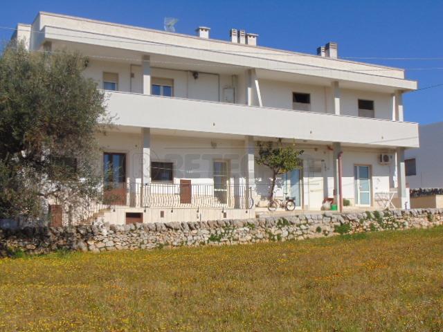 Casa Indipendente ristrutturato in vendita Rif. 9841250