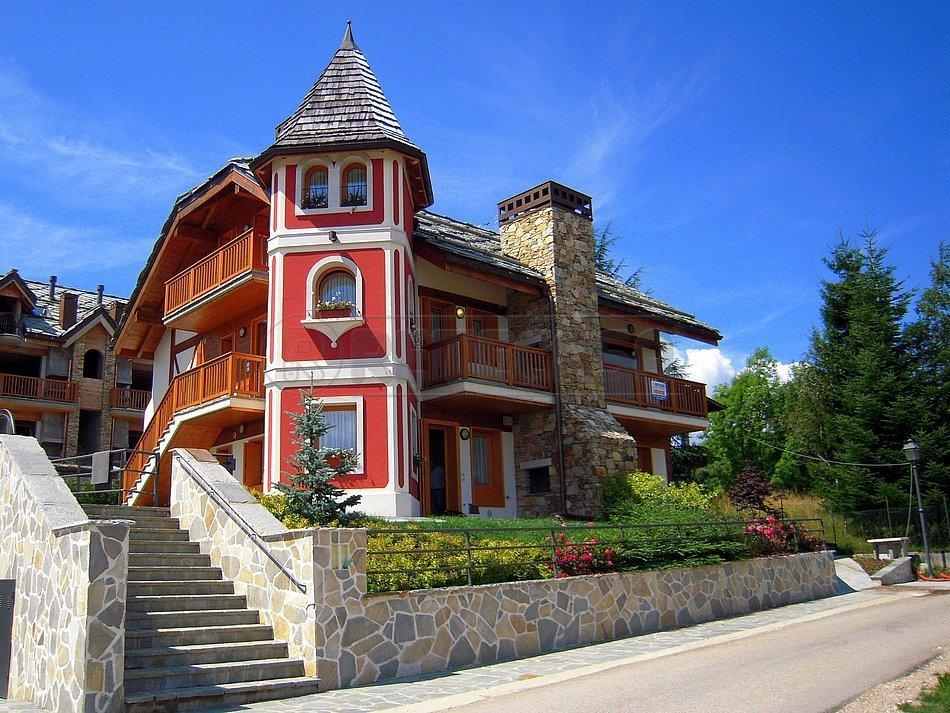 Appartamento in vendita a Roana, 4 locali, prezzo € 225.000   CambioCasa.it