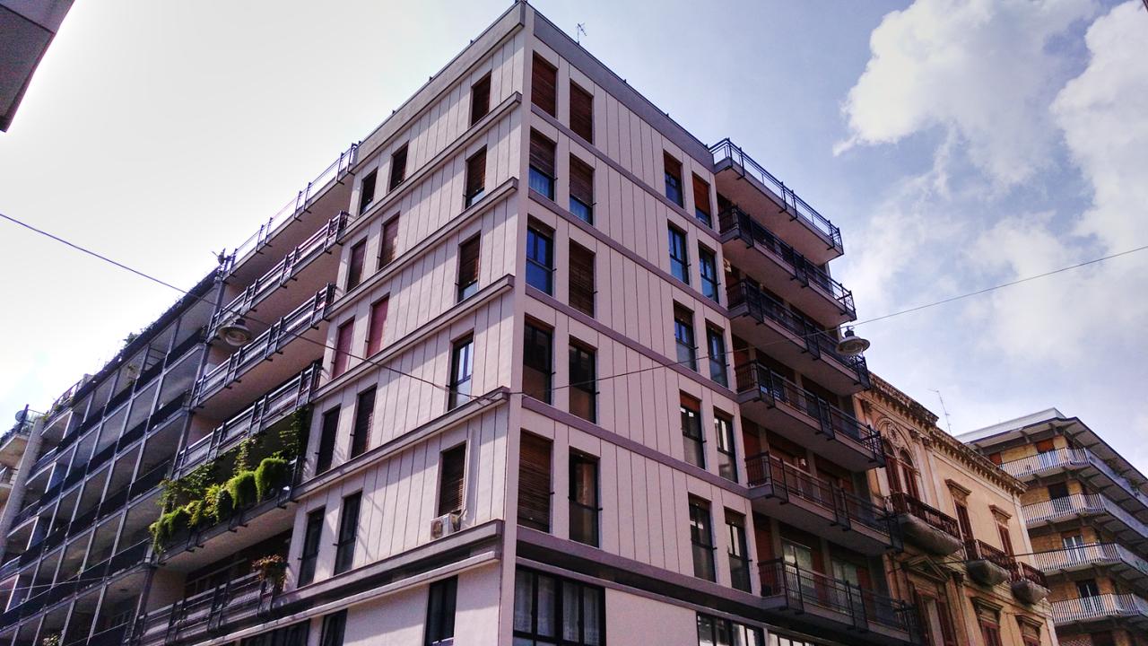 Appartamento in buone condizioni arredato in affitto Rif. 10994412