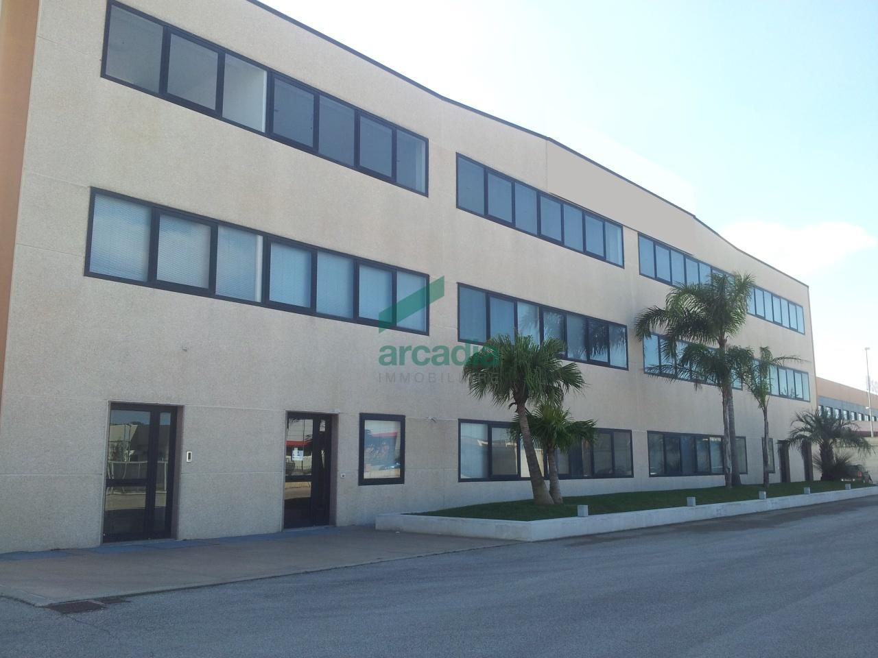 Capannone - Industriale a Zona Industriale, Modugno Rif. 10491874