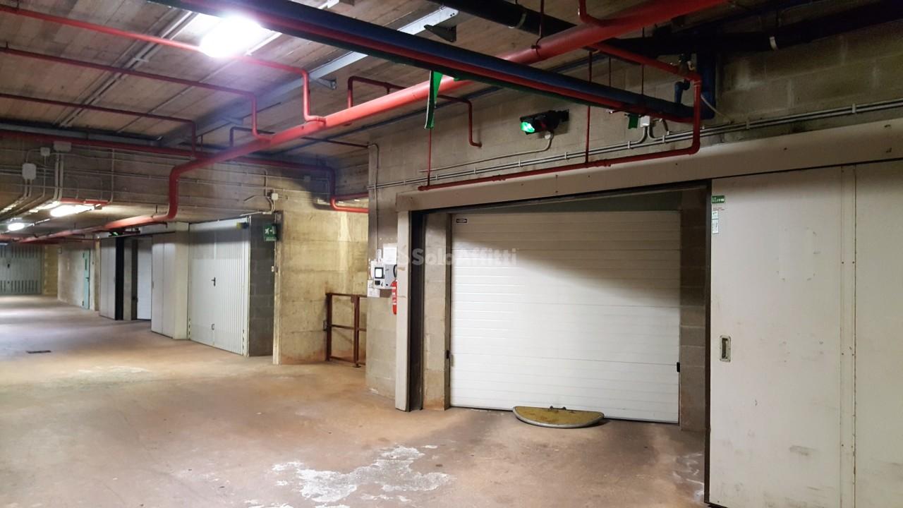 Box e posti auto in ottime condizioni in affitto Rif. 5507608