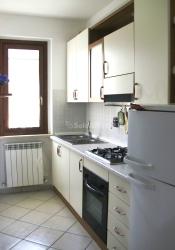 Trilocale in Affitto a Perugia, zona Castel del Piano, 450€, 60 m², arredato, con Box