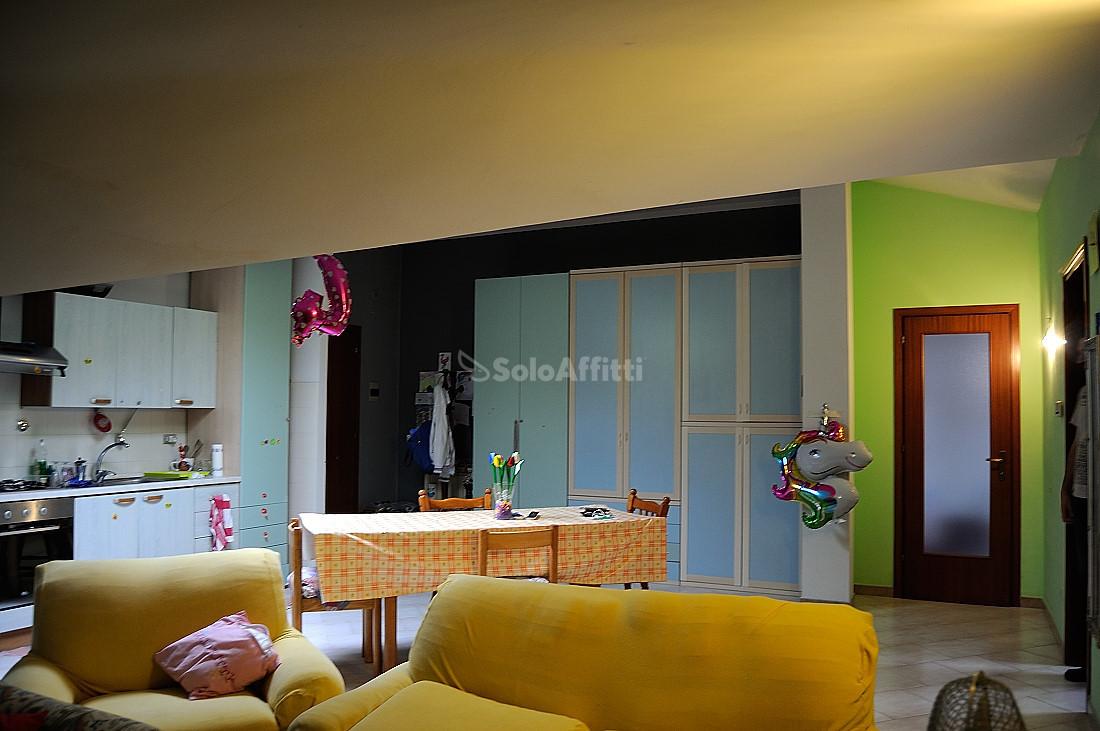 Appartamento in affitto a Brandizzo, 3 locali, prezzo € 350 | PortaleAgenzieImmobiliari.it