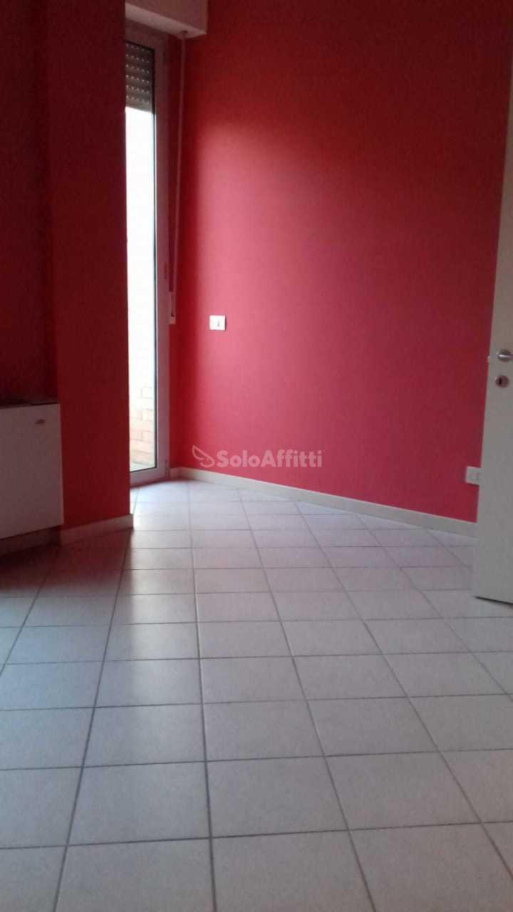 Ufficio - 1 locale a S. Giuseppe - Viale del Lavoro, Jesi Rif. 8743504