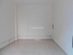 Capannone in Affitto a Catanzaro, zona Centro storico, 230€, 20 m²