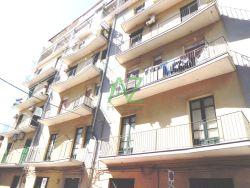 Trilocale in Vendita a Catania, zona Centro Storico, 115'000€, 90 m²