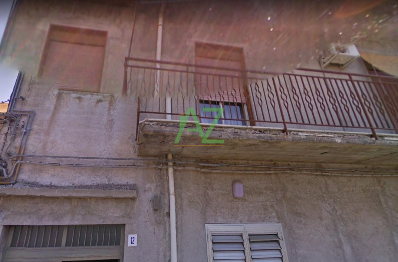 Appartamento in buone condizioni in vendita Rif. 9525991