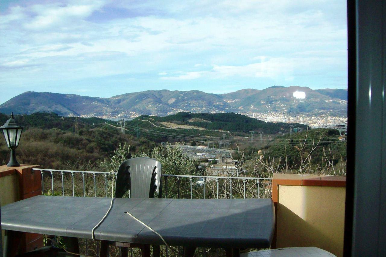 Villa in vendita a Arcola, 8 locali, prezzo € 700.000 | CambioCasa.it