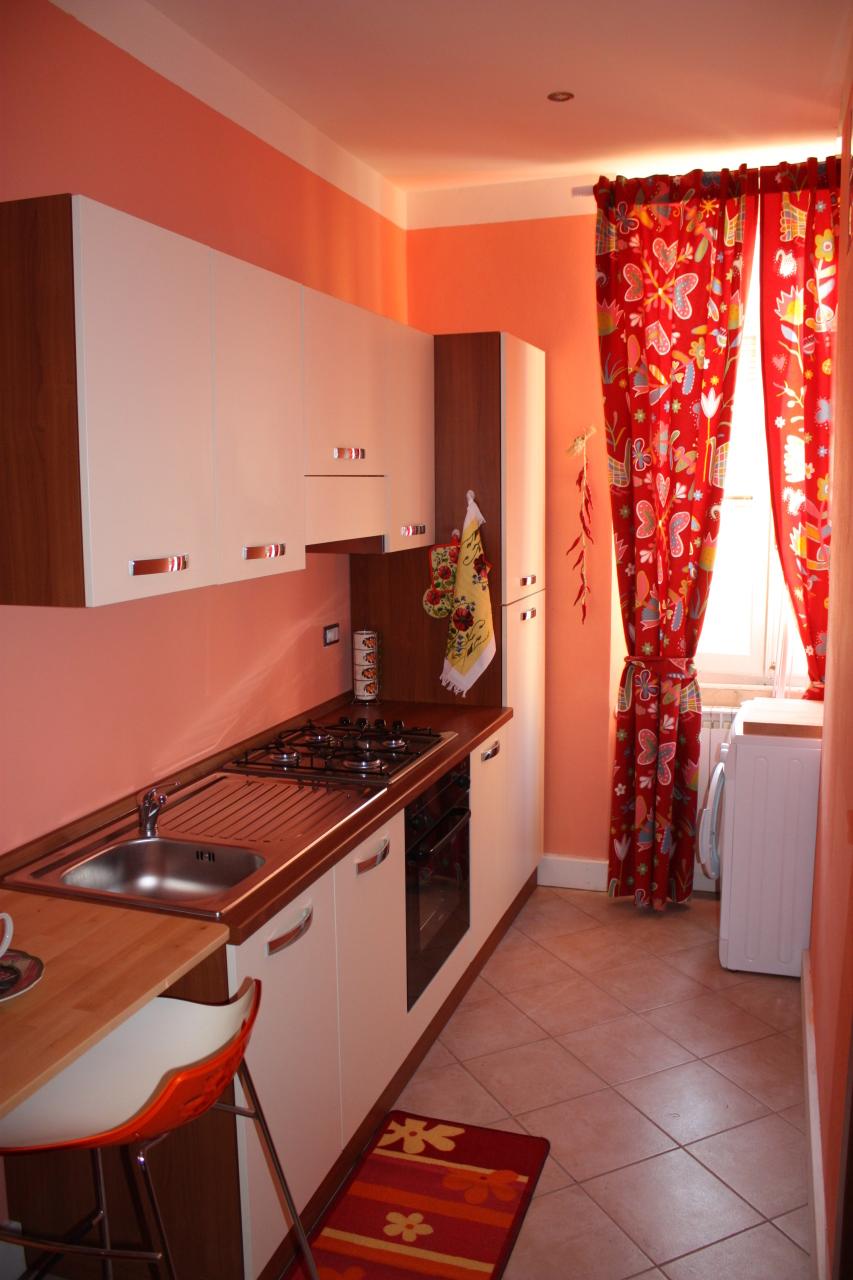 Appartamento in affitto a Sarzana, 3 locali, prezzo € 550 | CambioCasa.it