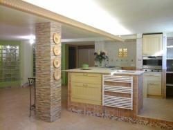 Magazzino in Vendita a Nuoro, 65'000€, 94 m²