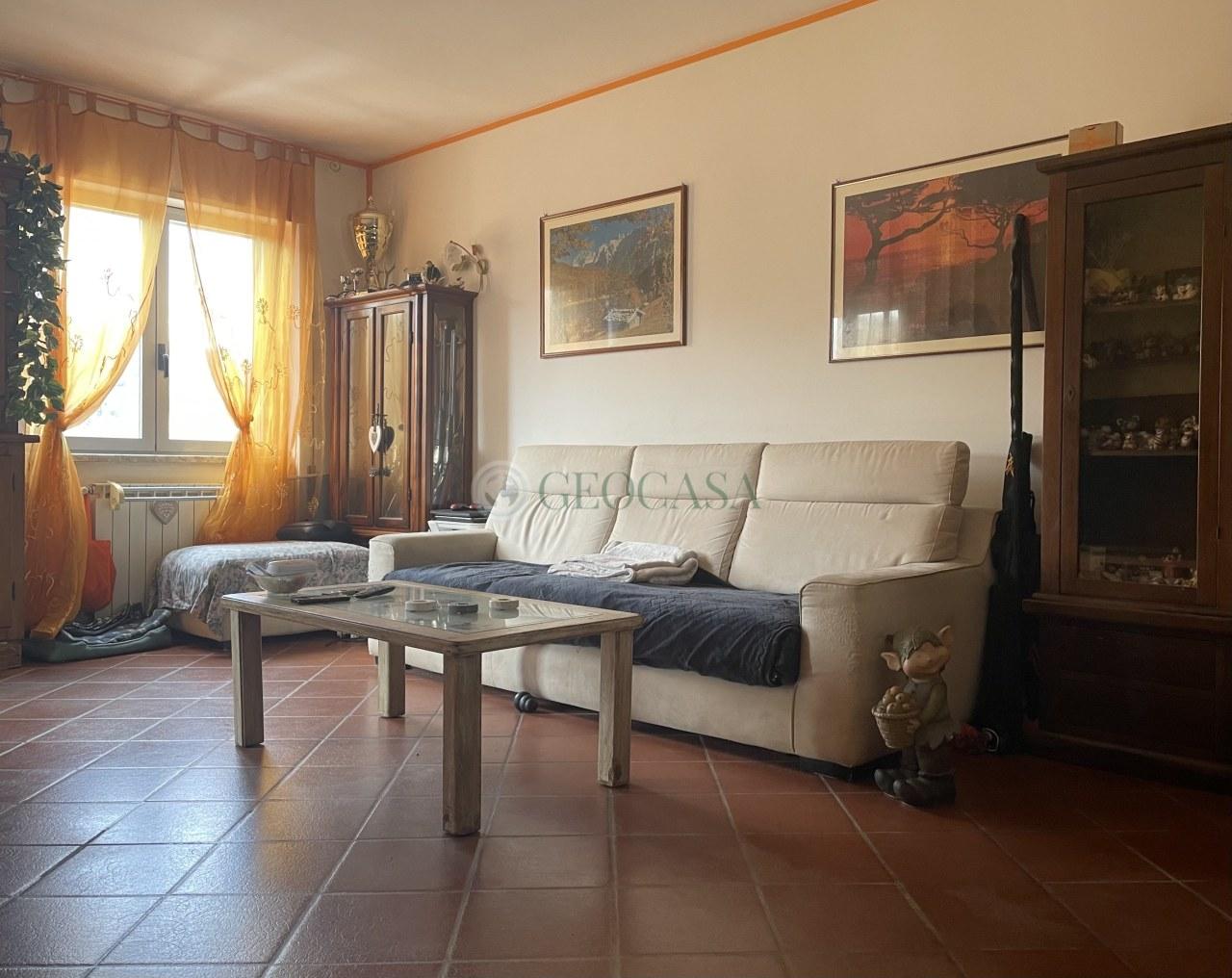 Appartamento in vendita a Sarzana, 4 locali, prezzo € 170.000 | PortaleAgenzieImmobiliari.it
