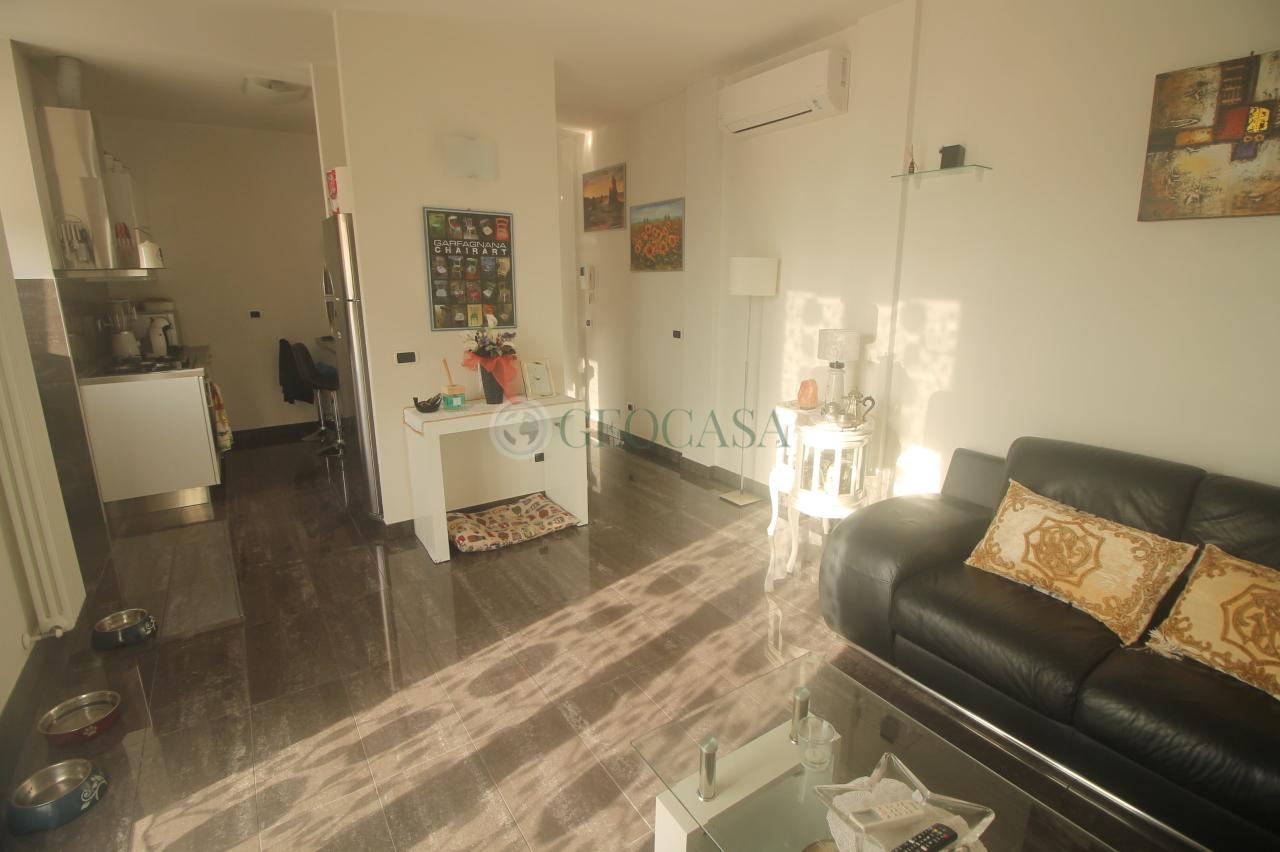 Appartamento in vendita a Follo, 4 locali, prezzo € 150.000 | CambioCasa.it