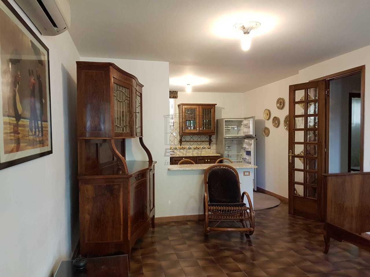 Villa divisa in due unità Lucca S. Anna IA03423 img 17
