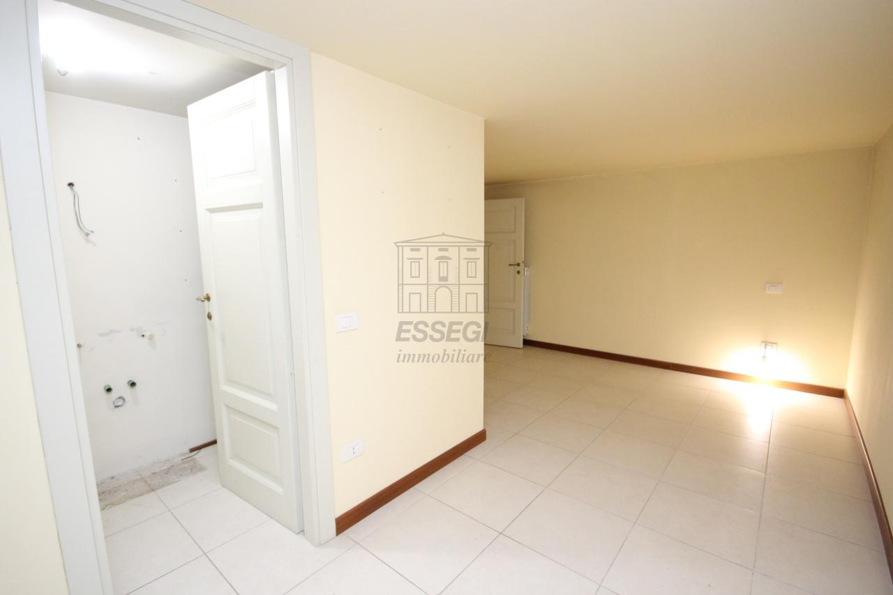 Appartamento Lucca Centro storico IA01207-bis img 12