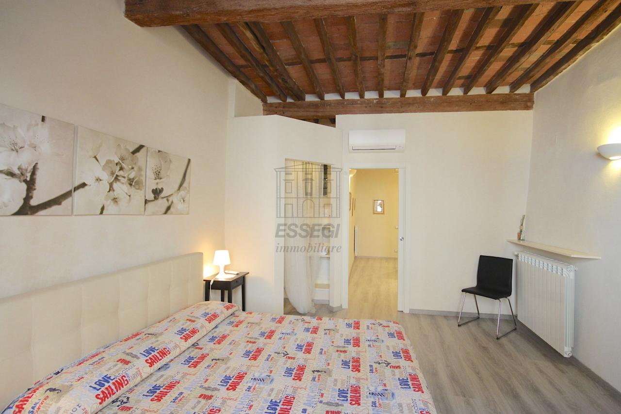 Appartamento Lucca Centro storico IA03481 img 11