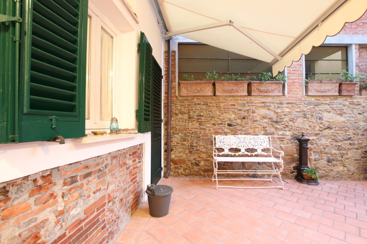 Appartamento Lucca Centro storico IA03524 img 18