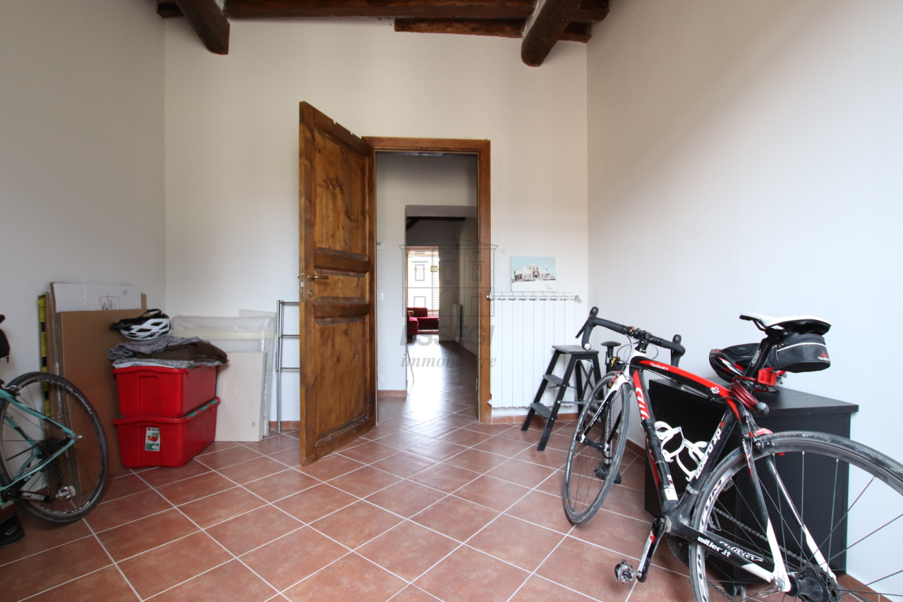 Appartamento Lucca Centro storico IA01844 img 13